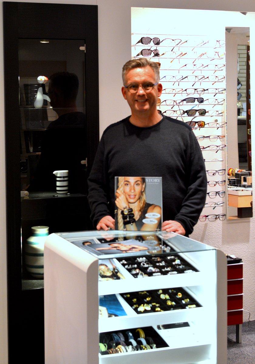 Peter Brogaard ved Fangels udstilling af STORY by Kranz & Ziegler