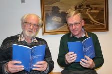 De to forfattere: Poul Kej til venstre og Evald Andersen til højre