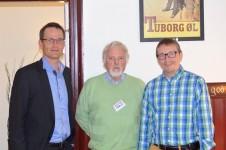 Den nye kommunaldirektør Finn Johansen sammen med Hans Walmar og Henrich Svendsen fra Aarup.dk