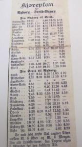Denne køreplan for ruten Nyborg-Strib er fra 1892. Indtil dobbeltsporet fra 1909-1910 var der kun 4 daglige afgange over Fyn.Foto: Aarup Lokalhistoriske Forening og Arkiv