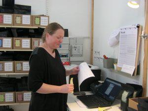 Tenna Andersen blev ansat i foråret 2017 og er ansvarlig for pakkeri og levering.