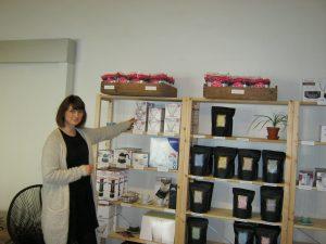 Sarah Primsø en af de nye ansatte ved Holy Bean. Hun arbejder med salg  og marketing.