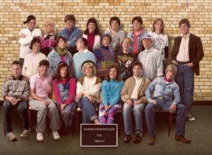 Vestfyn Teater: Klassebilledet – vi husker det, som var det i går @ Industrien Aarup | Aarup | Danmark