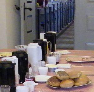Morgenkaffe i våbenhuset påskedag @ Orte Kirke
