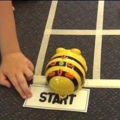 Robot-leg på biblioteket @ Aarup Bibliotek